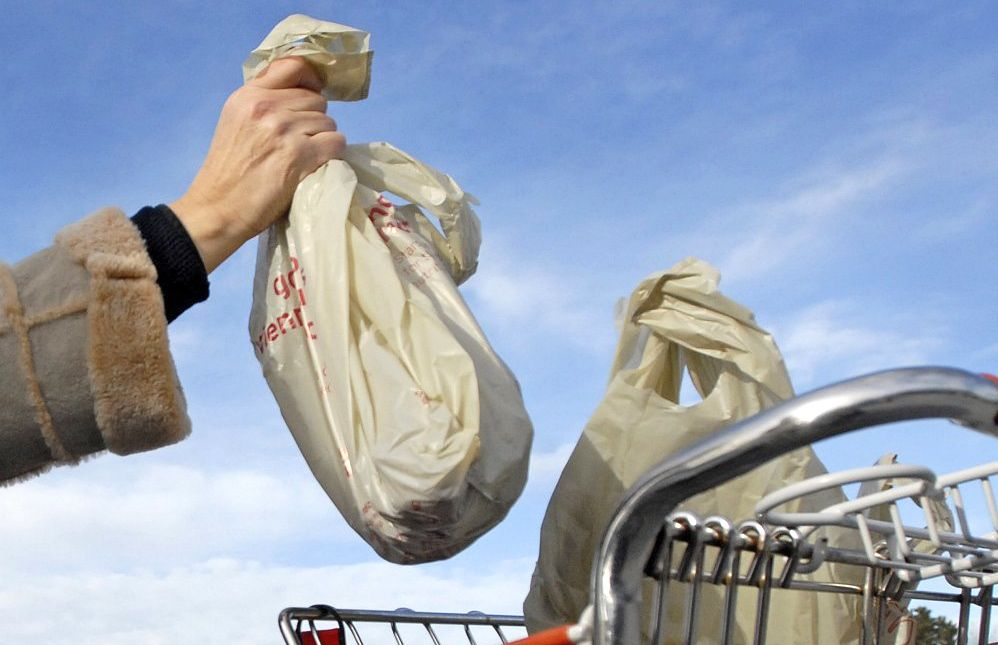 South Portland joins more than 150 communities nationwide that have passed laws to encourage the use of environmentally friendly reusable bags.  Shawn Patrick Ouellette/Staff Photographer