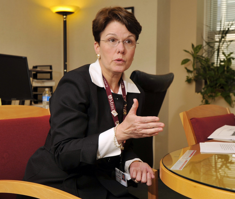 Eileen Skinner, Mercy Hospital's CEO, will leave the post at the end of March.