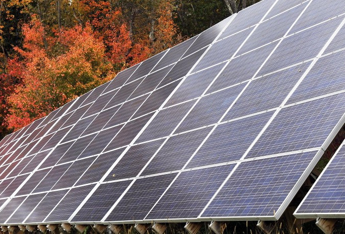 Lepage vetoes solar energy bill after compromise talks for Solar energy portland
