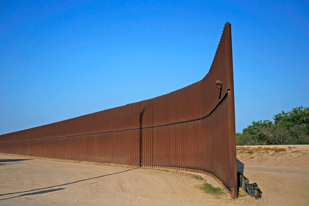Image result for trump US/Mexico wall
