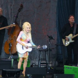 Dolly Parton entertains a crowd a Darling's Waterfront Pavilion in Bangor Saturday night. (Robert Ker photo)