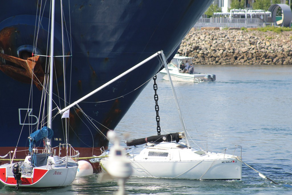 The 477-foot tanker Chem Venus broke the mast of one of the three sailboats it hit Wednesday in the Piscataqua River.