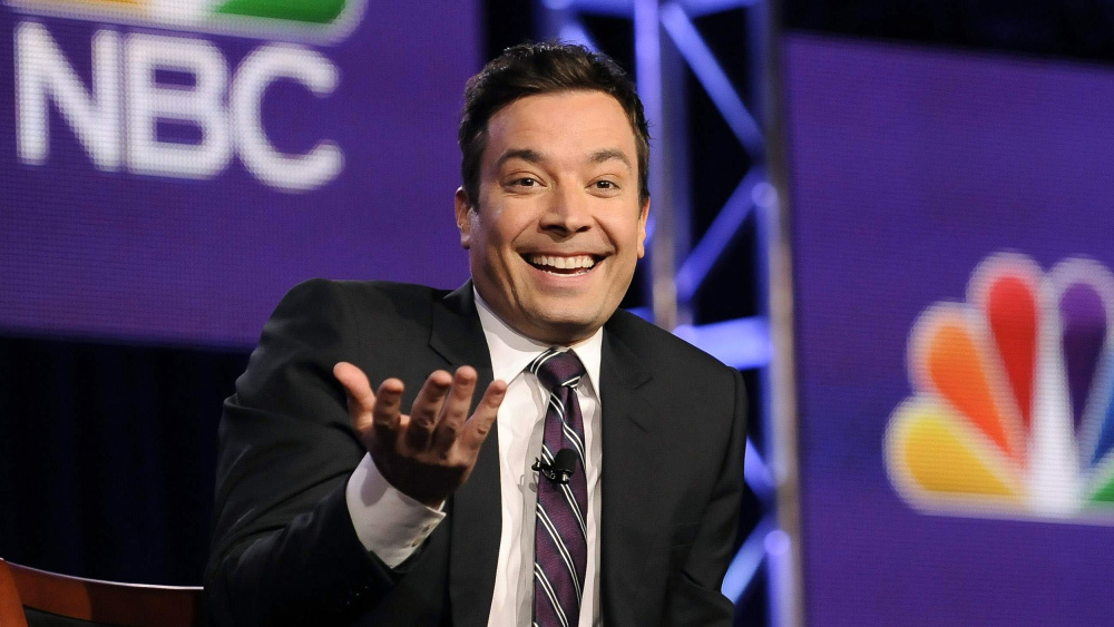 Jimmy Fallon will host the 2017 Golden Globes, taking over from Ricky Gervais.