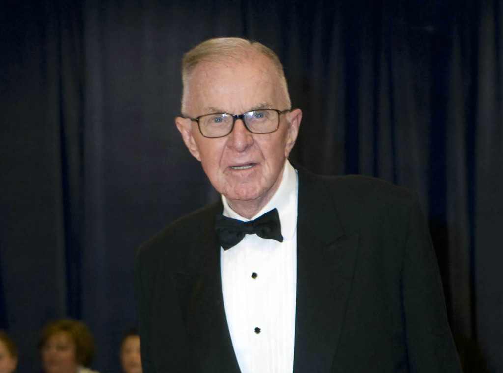 "John McLaughlin, the conservative political commentator and host of the namesake long-running television show that pioneered loud discussions of Washington politics, died Tuesday according to the Facebook page for ""The McLaughlin Group."" He was 89.   Associated PressKevin Wolf"