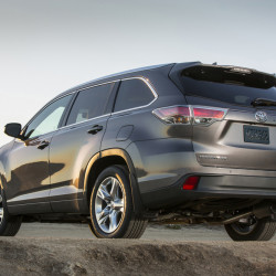 The 2016 Toyota Highlander Hybrid's driveline is smooth and unobtrusive.