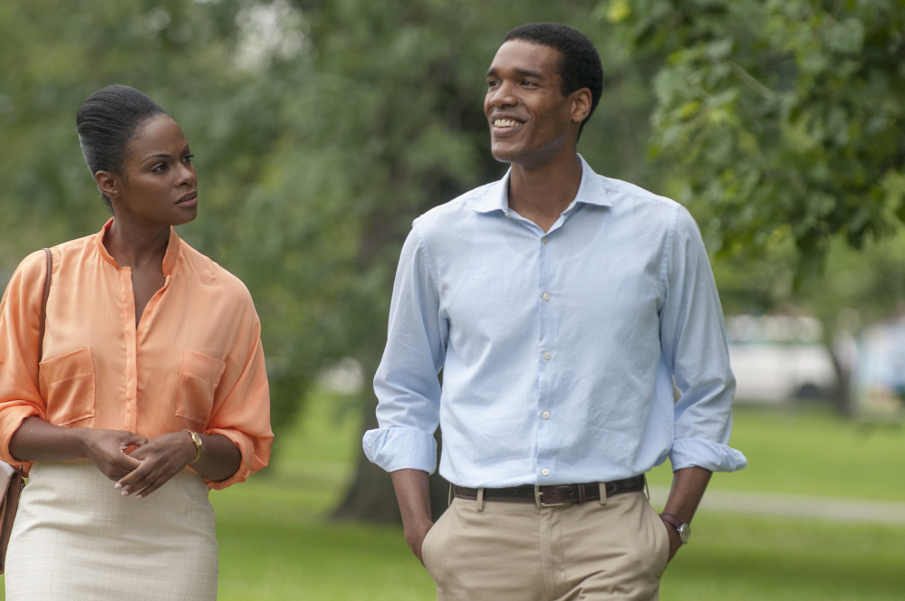 Tika Sumpter and Parker Sawyers as Michelle Robinson and Barack Obama in
