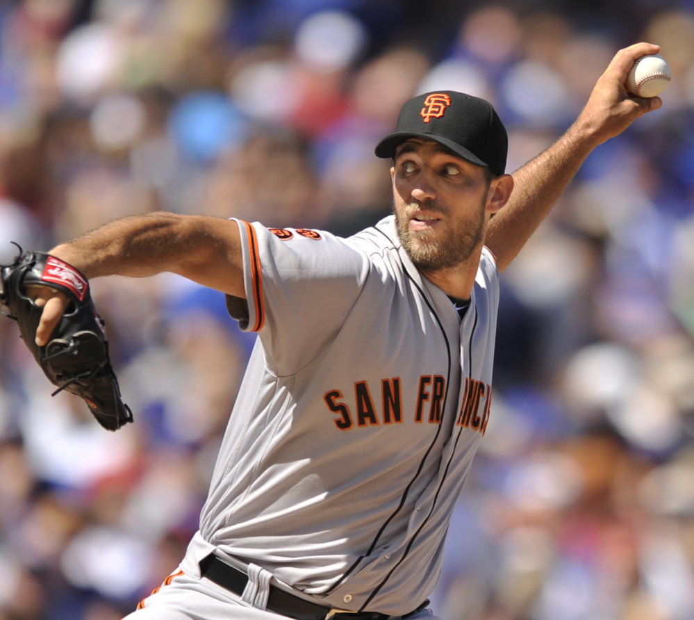 Giants starter Madison Bumgarner got the better of Cubs ace Jake Arrieta in San Francisco's 3-2 victory at Chicago on Saturday afternoon.