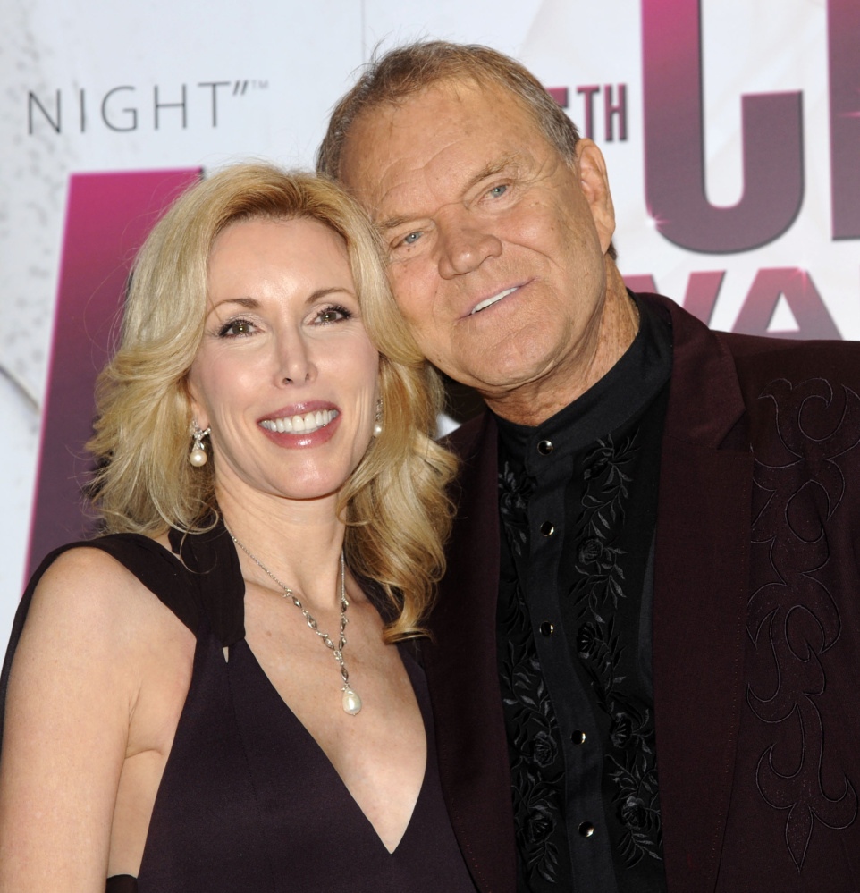 Kim and Glen Campbell in 2011, the year he was diagnosed with Alzheimer's disease.