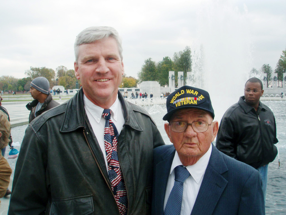Earl Morse, left, with World War II veteran Leonard Loy.