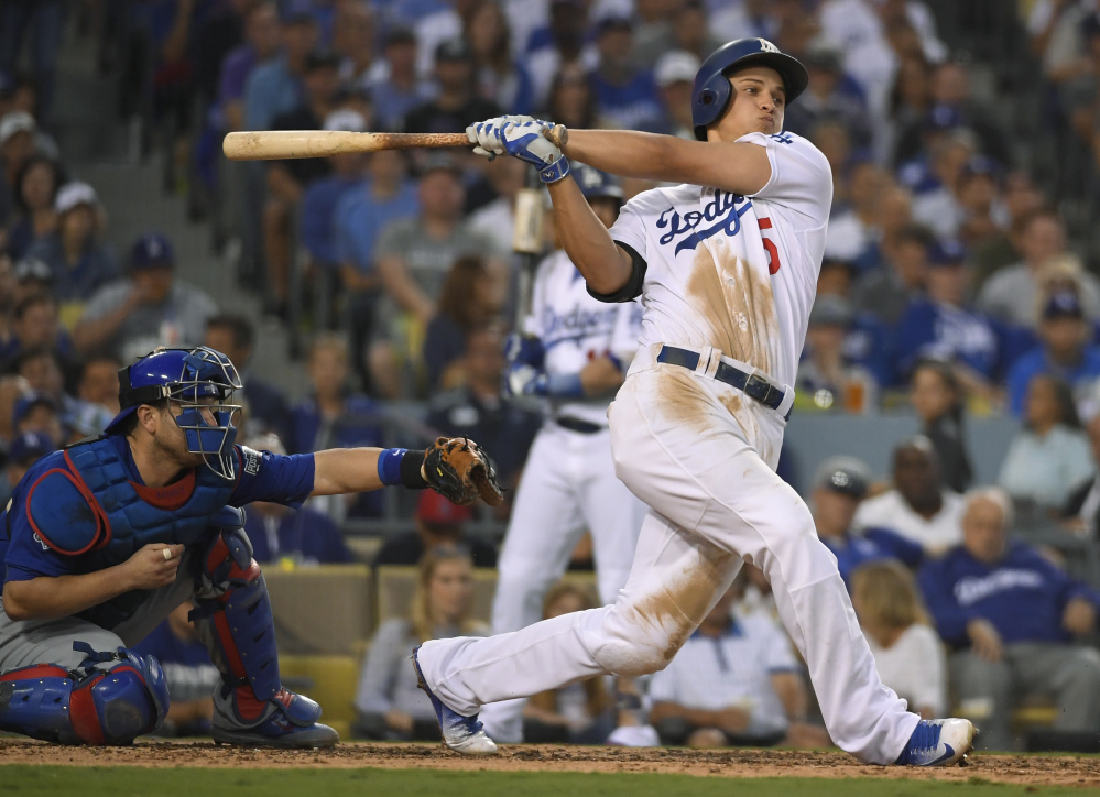 Corey Seager hit .308 with 26 home runs and 72 RBI for the Los Angeles Dodgers and unanimously won the NL Rookie of the Year on Monday.
