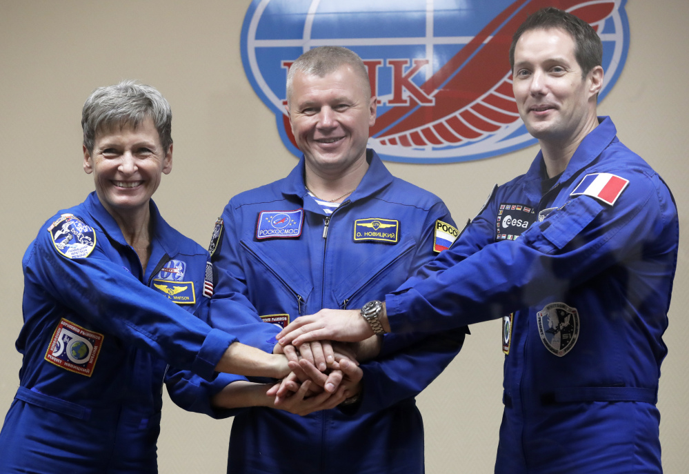U.S. astronaut Peggy Whitson, Russian cosmonaut Oleg Novitsky and French astronaut Thomas Pesquet are the members of the crew to the International Space Station.