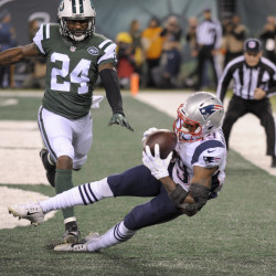 Patriots rookie wide receiver Malcolm Mitchell burned Jets cornerback Darrelle Revis for a pair of touchdowns in New England's 22-17 win Sunday night.