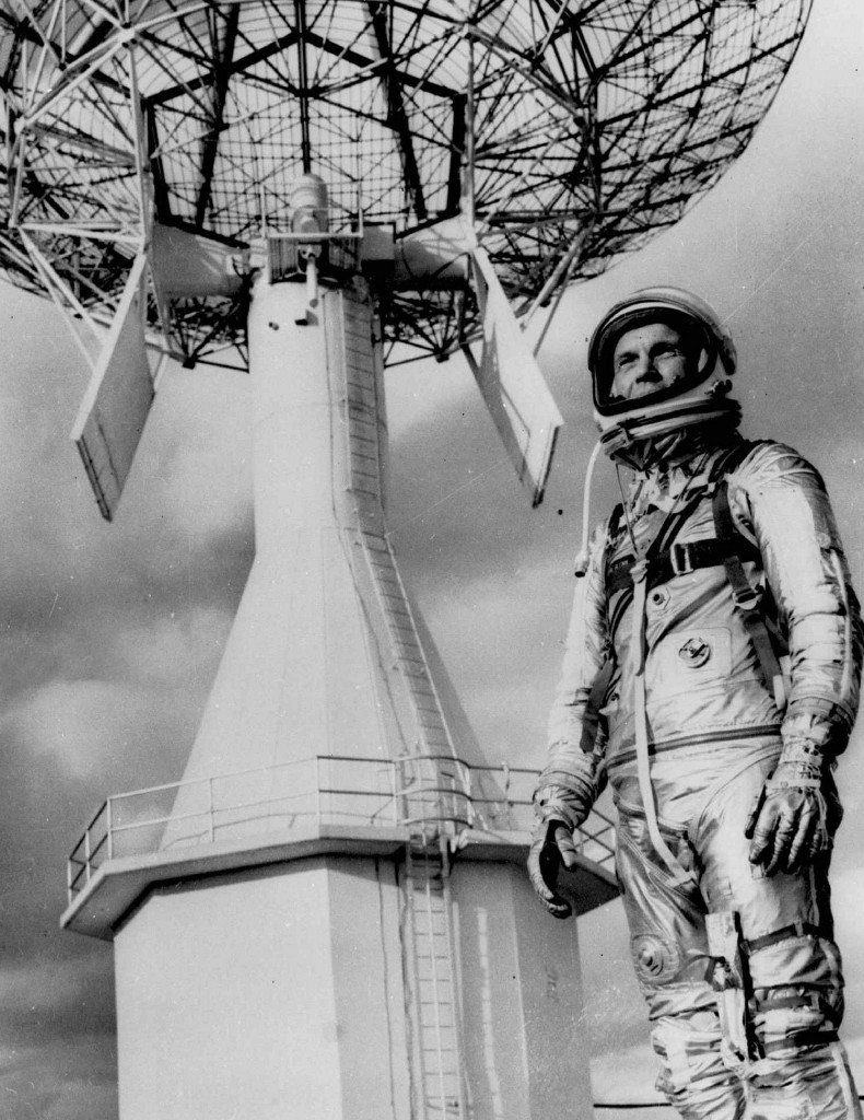 first astronaut to orbit earth - photo #25