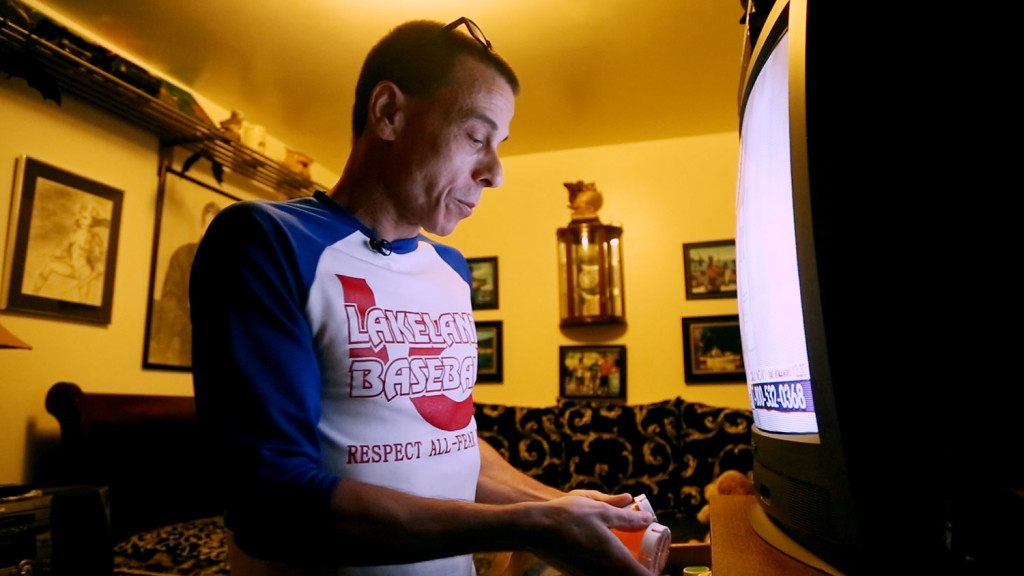 In Williamsport, Pennsylvania, William Mundell, 49, took oxycodone for four years after back surgery. He switched to the non-narcodic medication gabapentin. His fear of becoming addicted to opoid pain medications was influenced by his son's addiction to heroin.