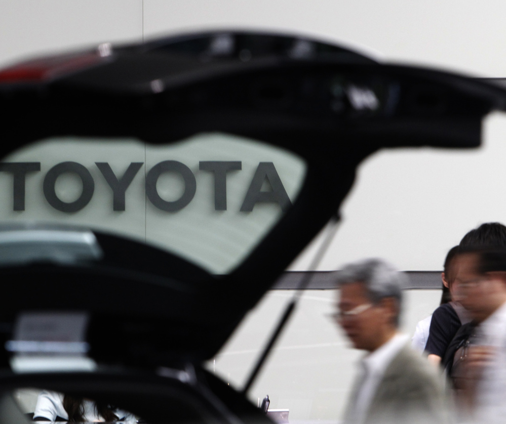 Trump threatens Toyota over new plant in Mexico