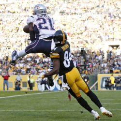 Malcolm Butler got the jump on Antonio Brown when the Patriots played in Pittsburgh on Oct. 23. New England's defensive backs will be key against the Steelers on Sunday. Associated Press/Jared Wickerham
