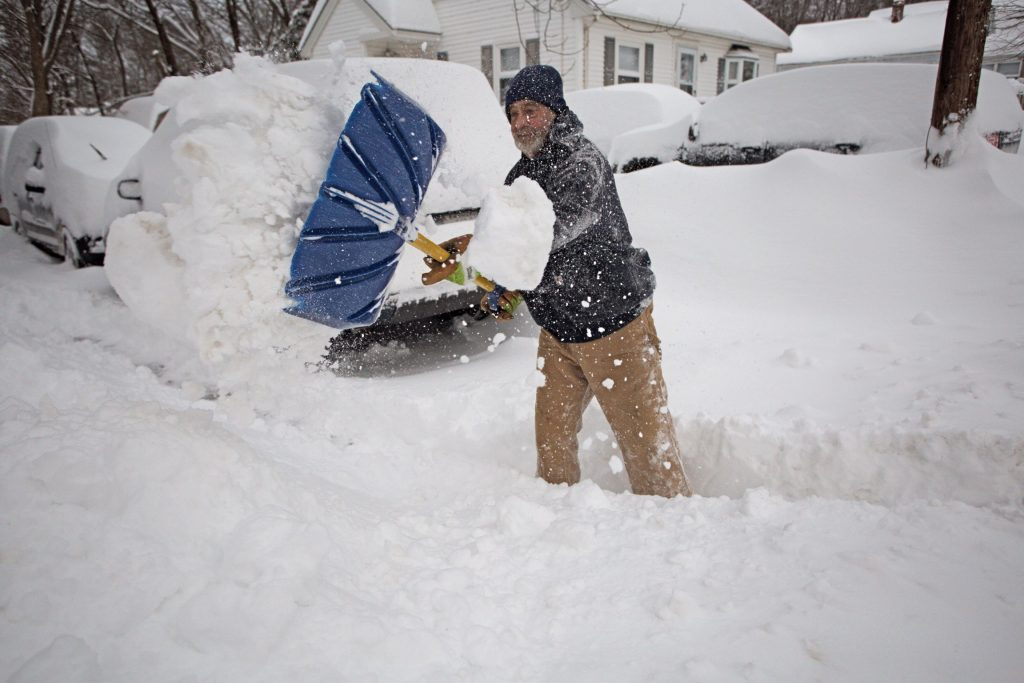 story winters biggest storm pummels maine with snow