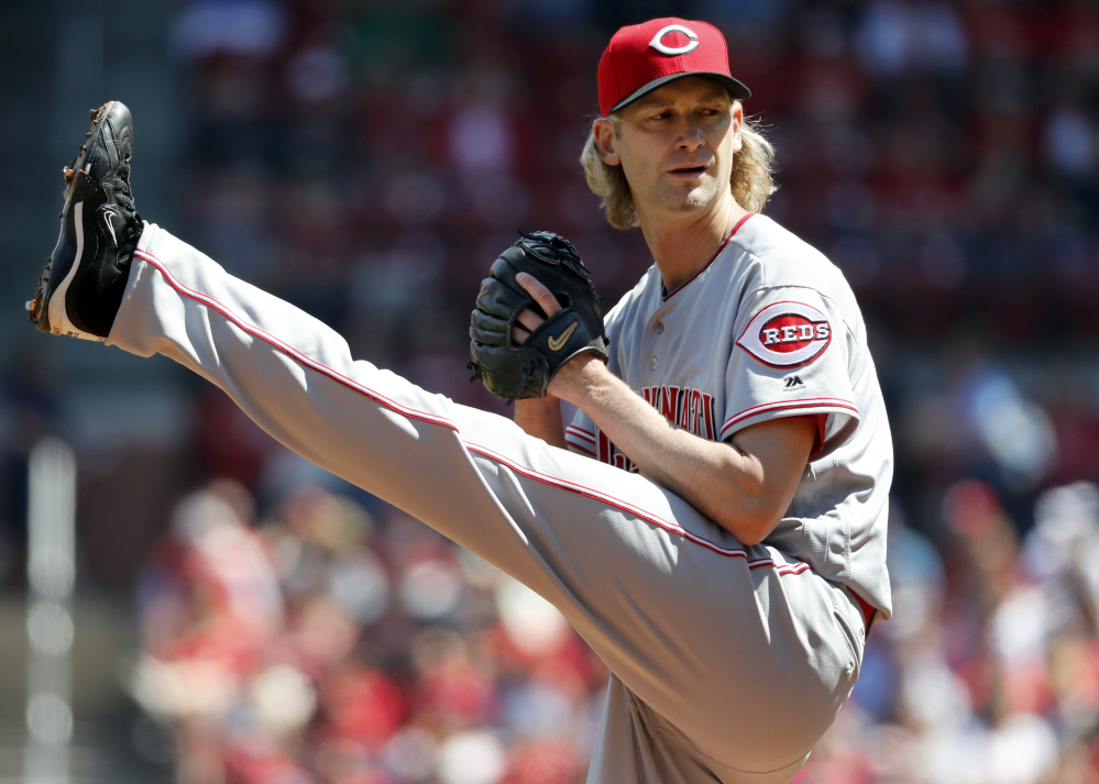 Cincinnati pitcher Bronson Arroyo made his first start since 2014 on Saturday. The 40-year-old Arroyo gave up six earned runs over four innings in a 10-4 loss to the Cardinals at St. Louis.