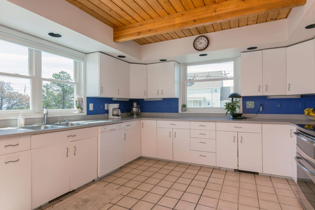 28 river sands drive scarborough portland press herald for Perfect kitchen scarborough