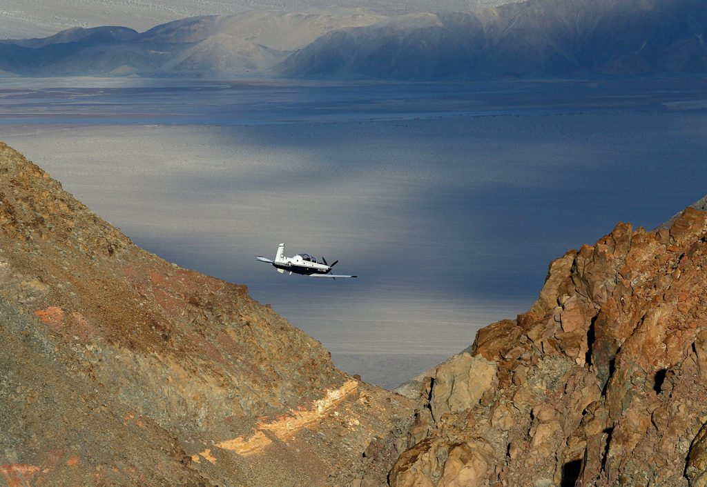 Photos: Jets + Death Valley canyon = thrilling show ...