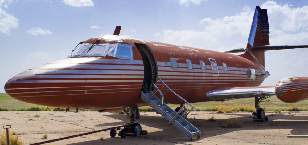 This private jet once owned by Elvis Presley sat on a runway in New Mexico for 30 years. The plane will be auctioned.