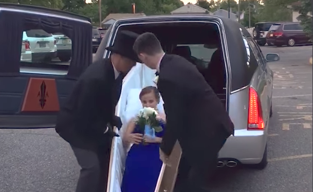 washingtontimes.com  Drop dead gorgeous  teen girl shows up for prom in  coffin 88e46f0ebc08