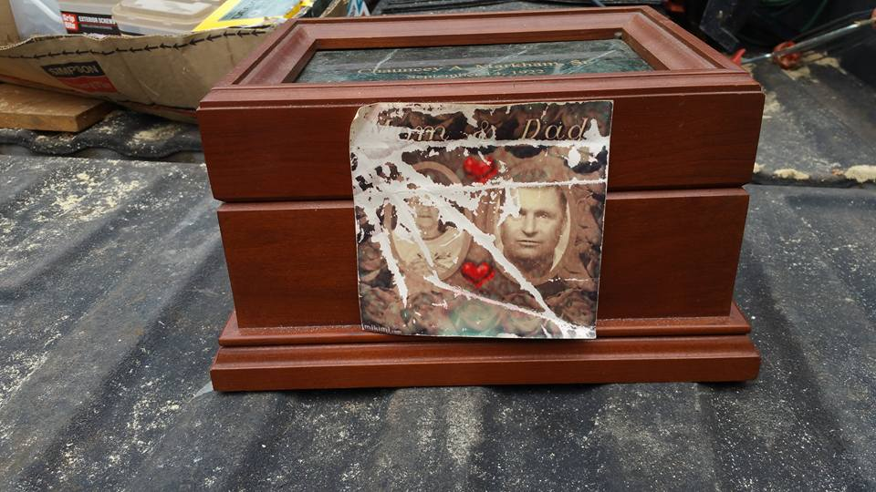 Photos of the box containing Chauncey Markham's ashes were posted in several public Facebook groups in an effort to find the family.