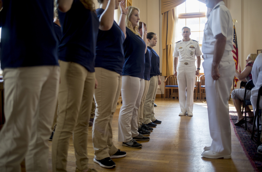 Navy 7th Fleet commander to be removed