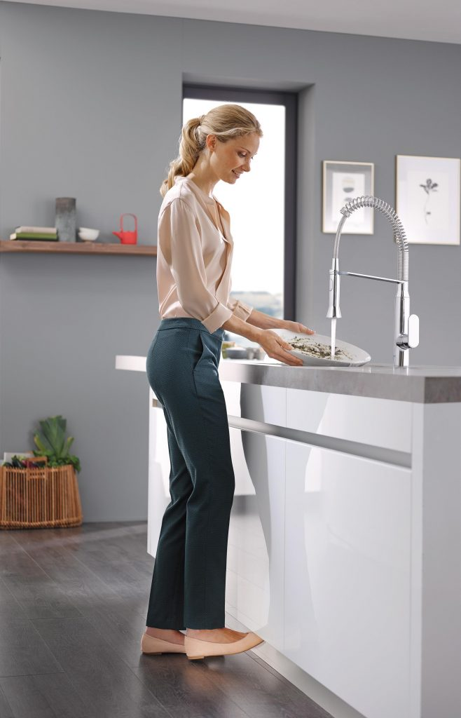 A tap of your toe operates GROHE kitchen faucets with innovative Foot Control technology, providing that extra help needed when both hands are full or handling bulky items.