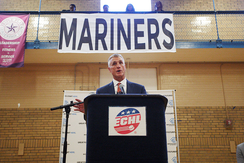 Paul Holmgren, president of the newly named Maine Mariners, speaks Friday after announcing the name of the ECHL team during a press conference at the Boys and Girls Club.