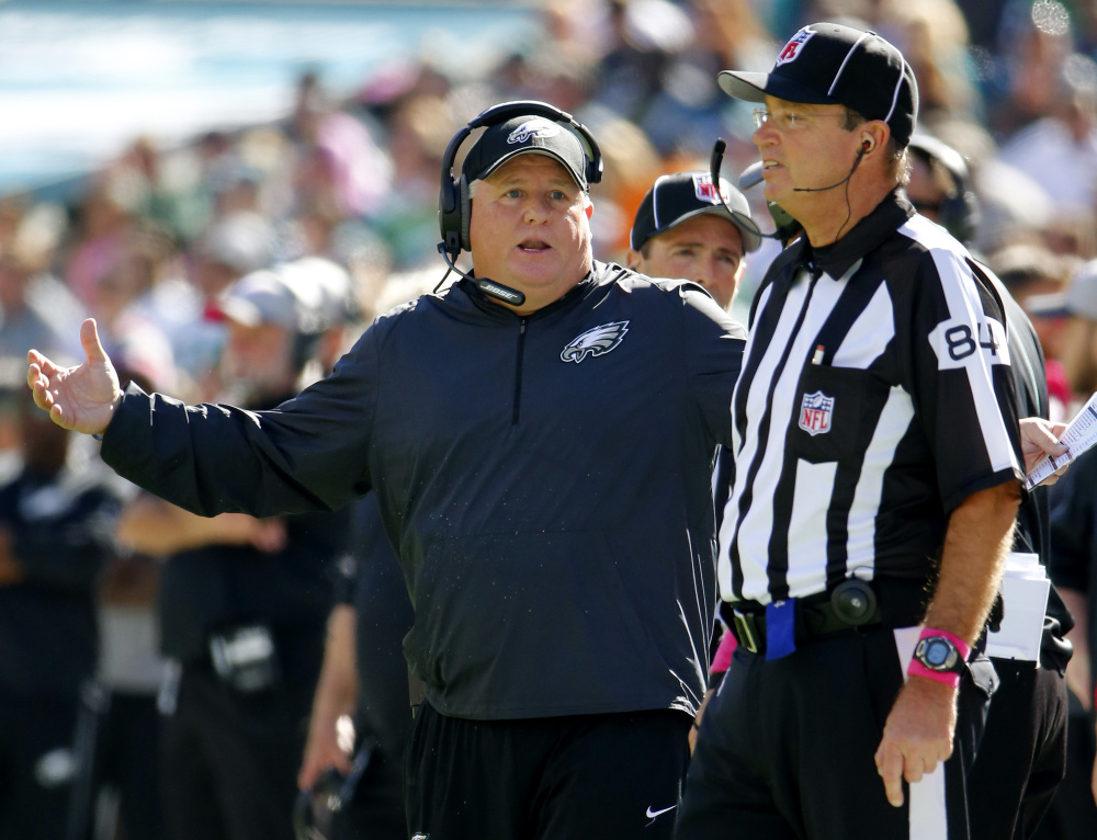 UCLA finalizing deal with Chip Kelly