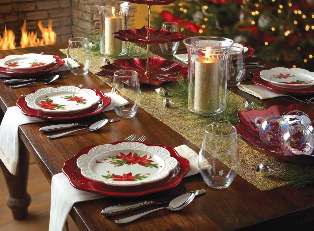 The table setting should be simple and seasonal.