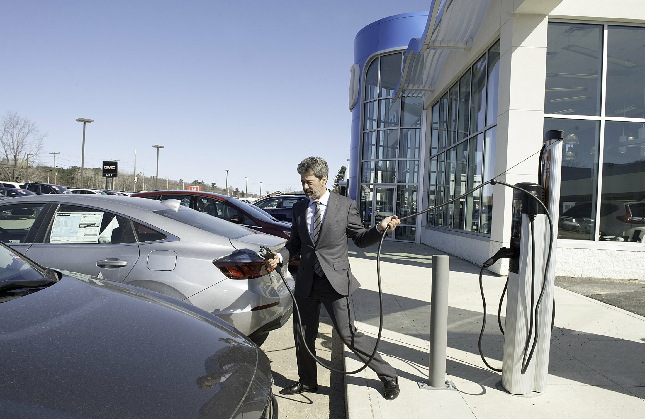Electric Cars Ready To Take Off In Maine