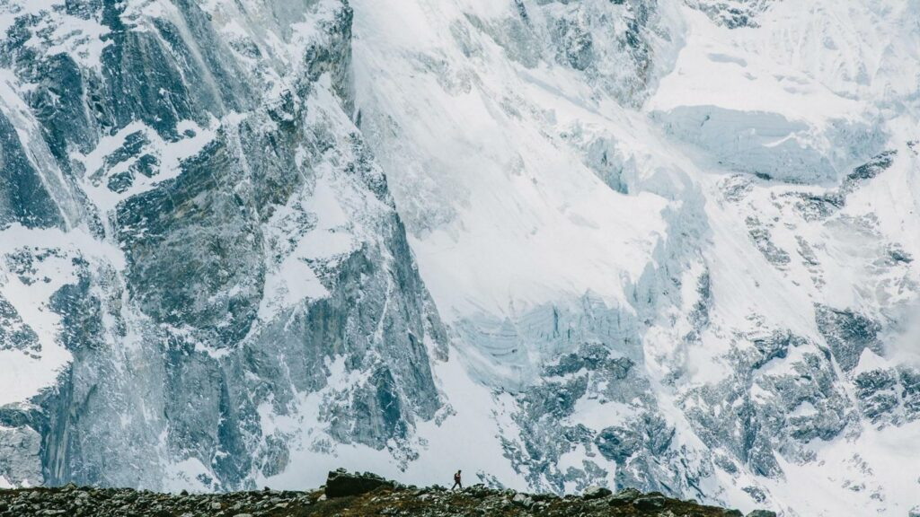 """The Story of Apa Sherpa"" shows Mount Everest from the guides' perspective."