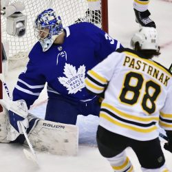 Bruins_Maple_Leafs_Hockey_45463
