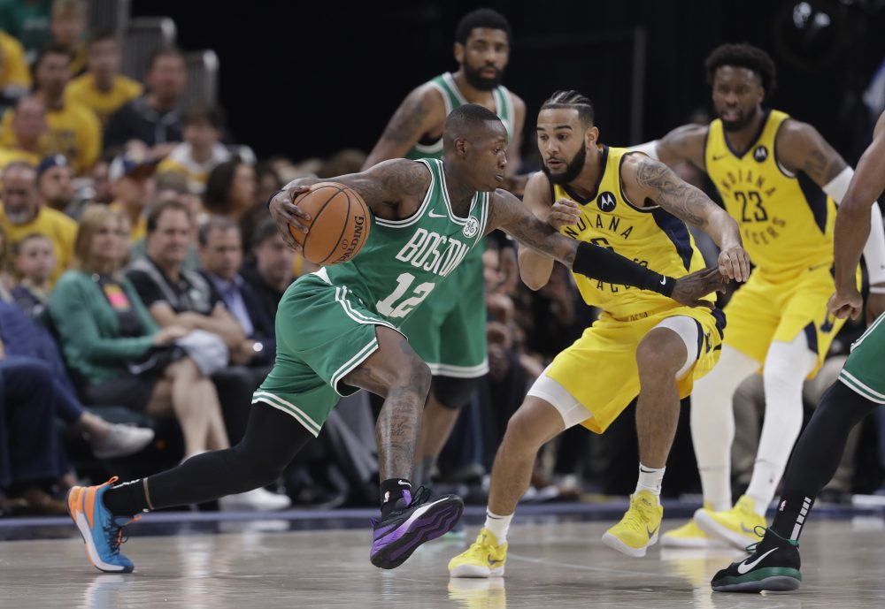 Celtics_Pacers_Basketball_39050