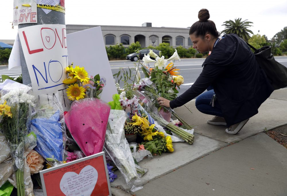 Synagogue_Shooting_California_41599