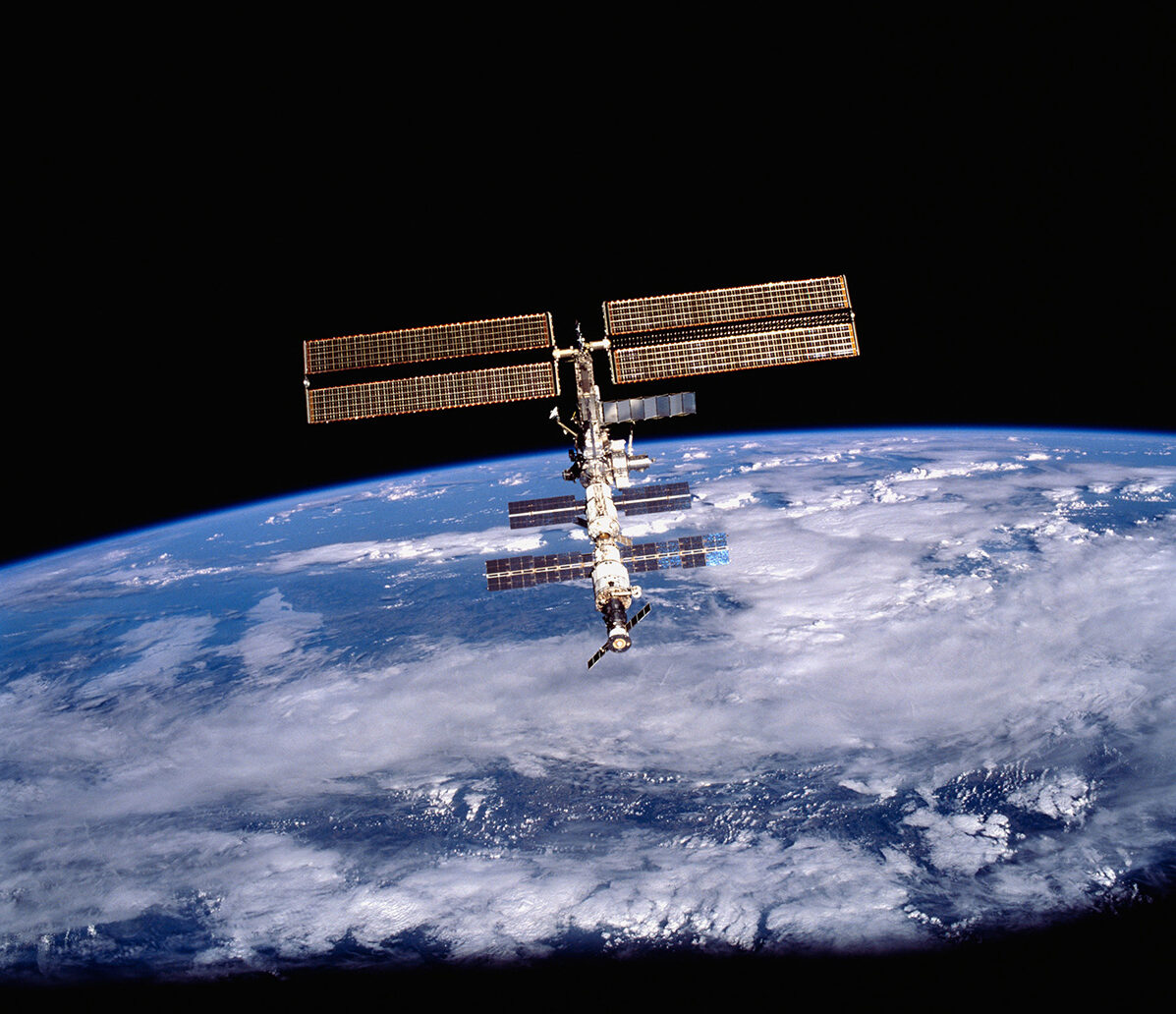 When Space Station Flies Over Madison >> Astronaut From Maine Is Booked For A Flight To The International