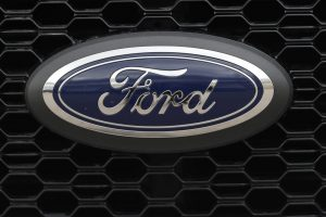 2019 Ford F150 with logo, ford logo on 2019 F150 pickup truck grille