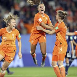APTOPIX_France_Netherlands_Japan_WWCup_Soccer_33947