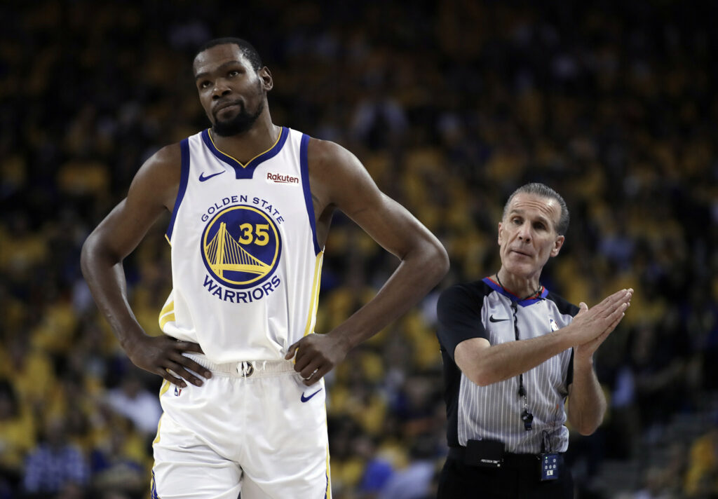 Kevin Durant, who suffered a torn Achilles tendon while playing with Golden State in the NBA finals, announced on Instagram he will sign with the Brooklyn Nets.