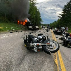 Motorcycles_Crash_77664