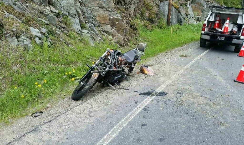 Canadians injured in Franklin County motorcycle crash