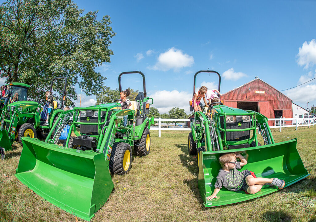 Youngsters learn about agriculture at Oxford County Fair   Lewiston Sun Journal