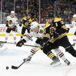 Blackhawks_Bruins_Hockey_62220