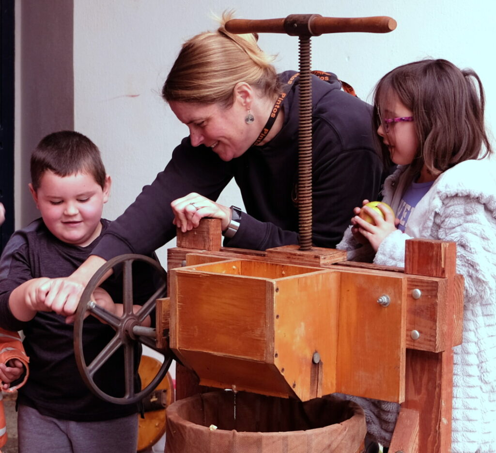 Mexico school students observe Johnny Appleseed Day | Lewiston Sun Journal
