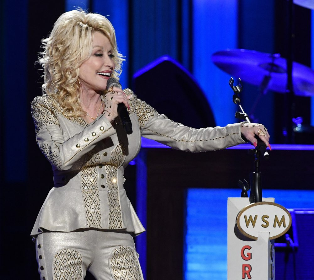 Dolly_Parton_Opry_53910