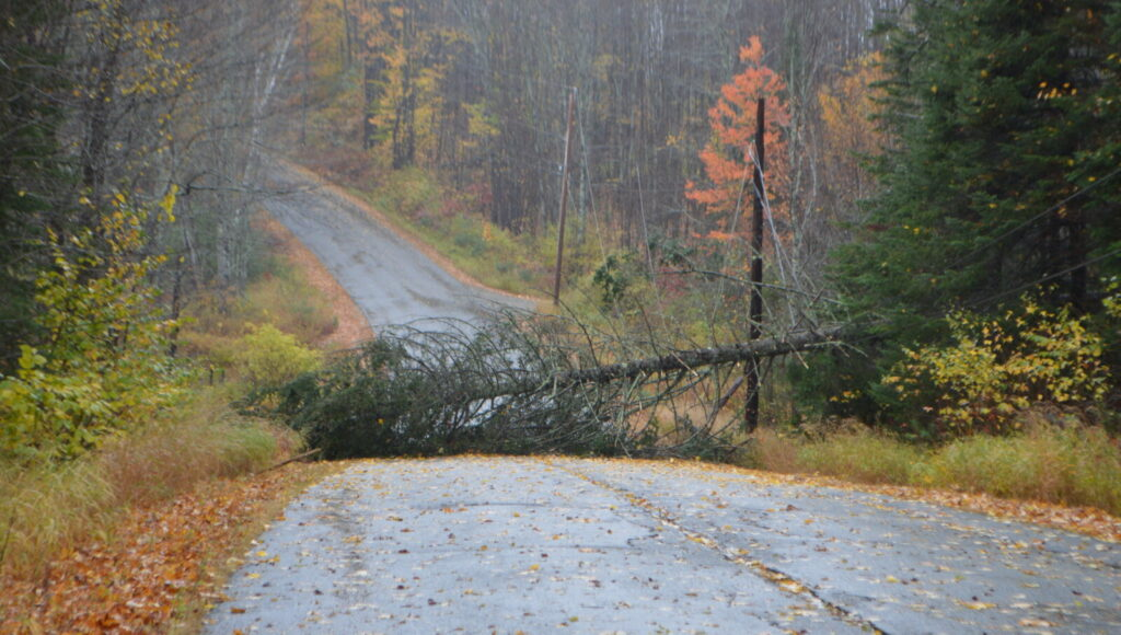 Storm knocks out power, cancels school in parts of Franklin County   Lewiston Sun Journal