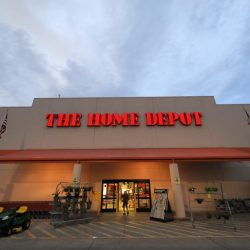 Earns_Home_Depot_00119
