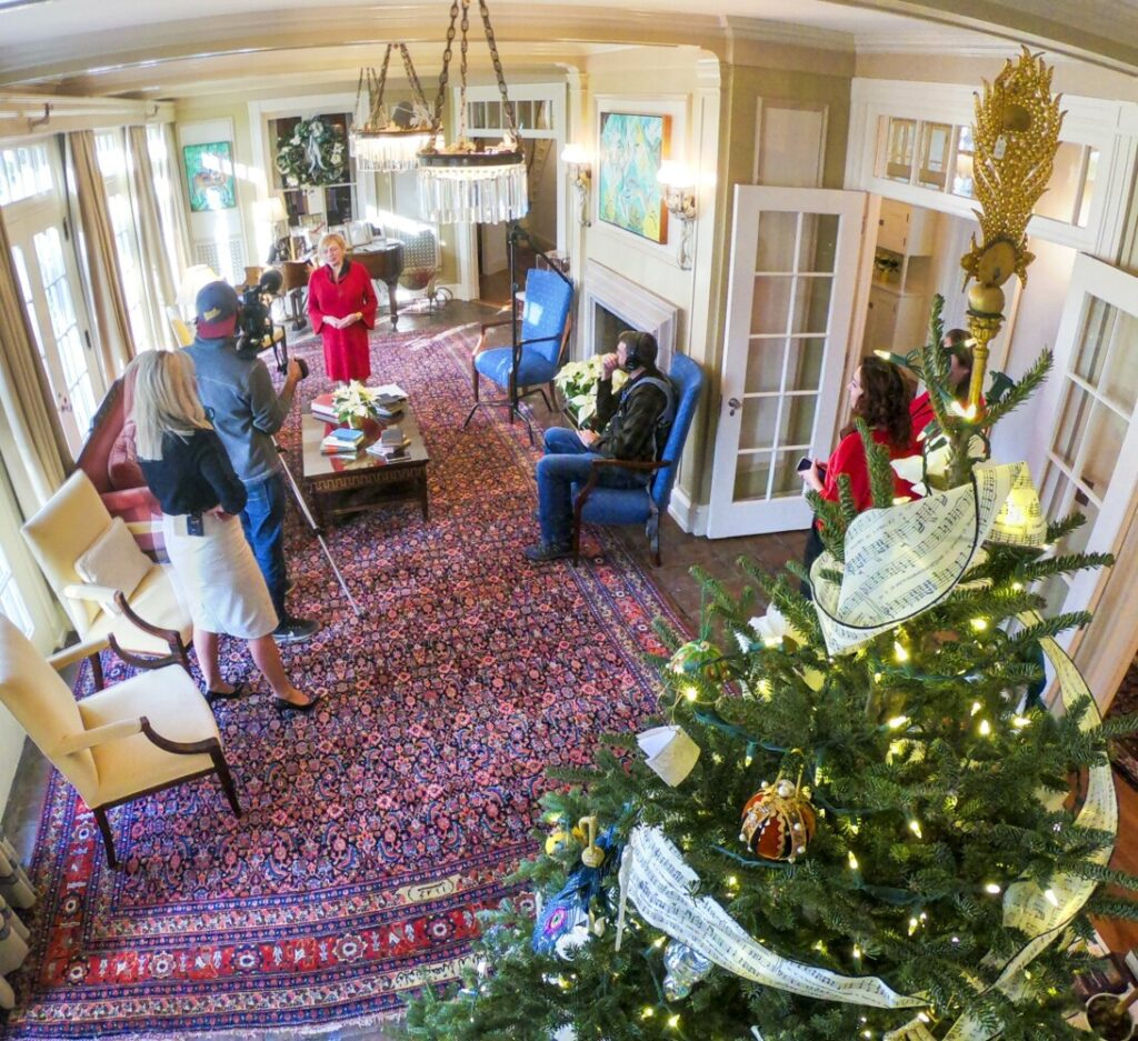 Governor S Blaine House Decorations Commemorate Women In